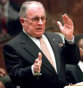 F Lee Bailey